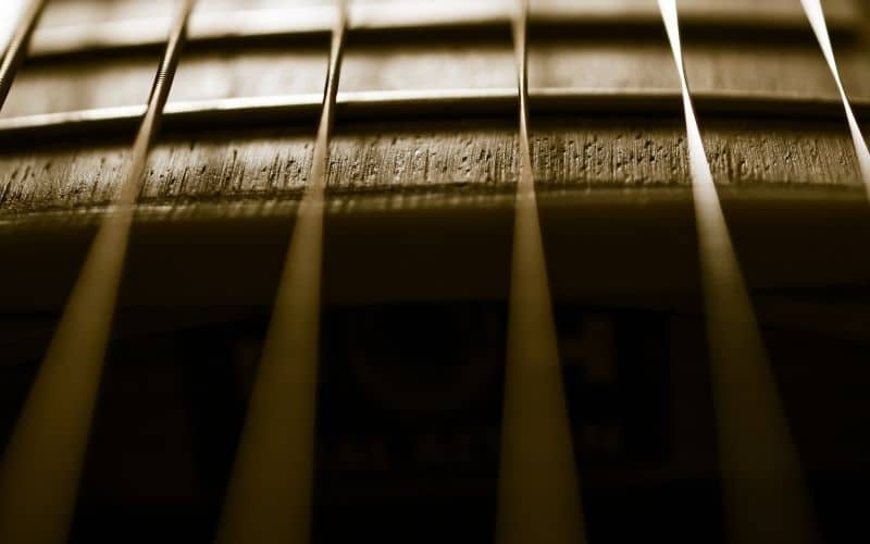 Fretting Out - Warped Guitar Neck