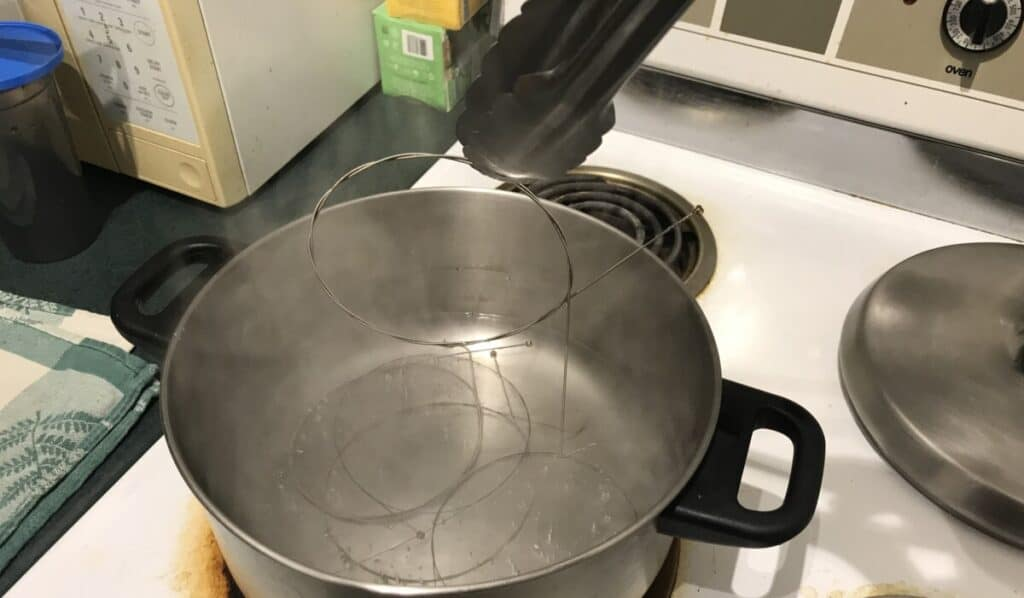 Tongs - Does Boiling Guitar Strings Really Work?